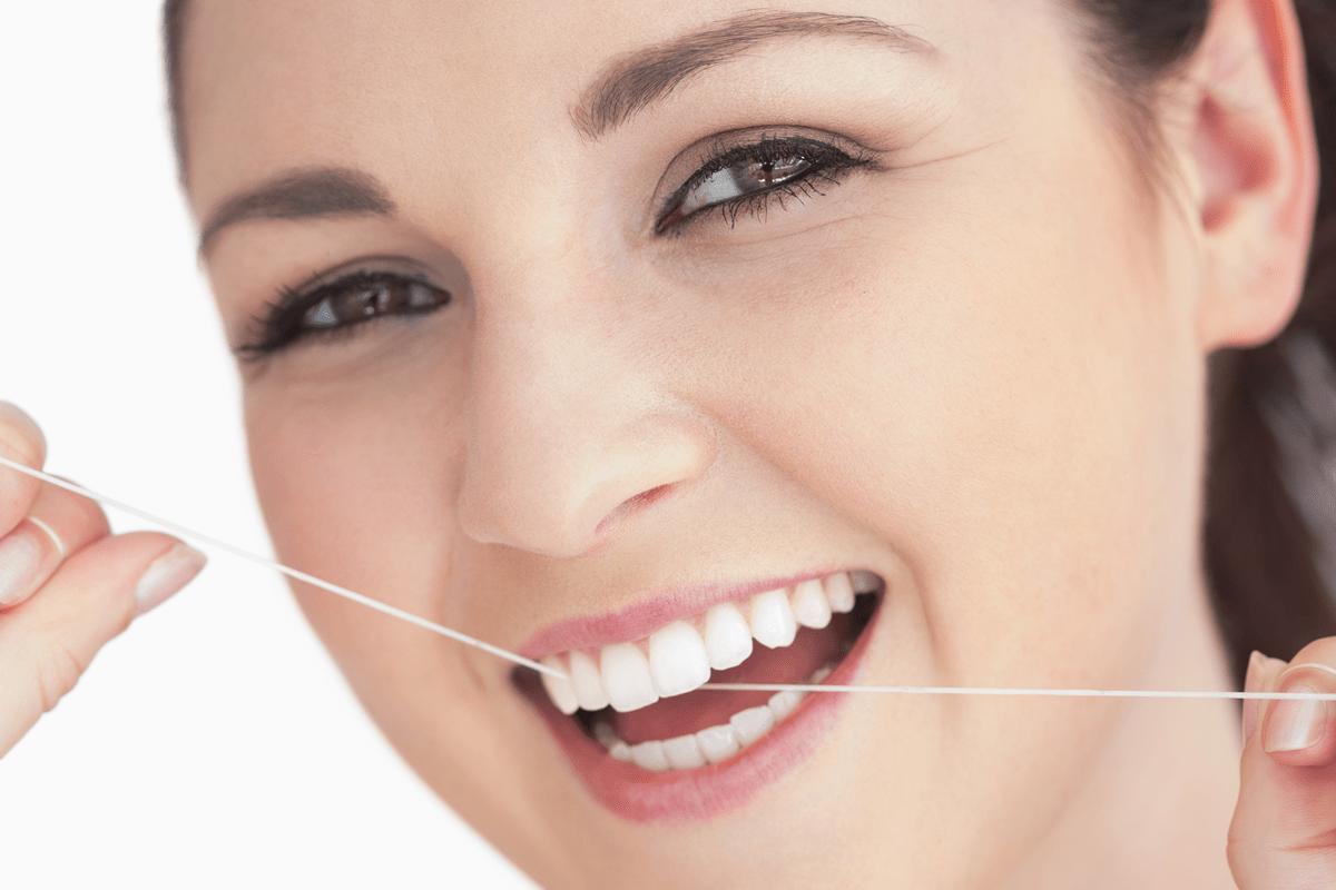 d31b7945e Fio Dental  qual a forma correta de usar  • Odonto Empresas